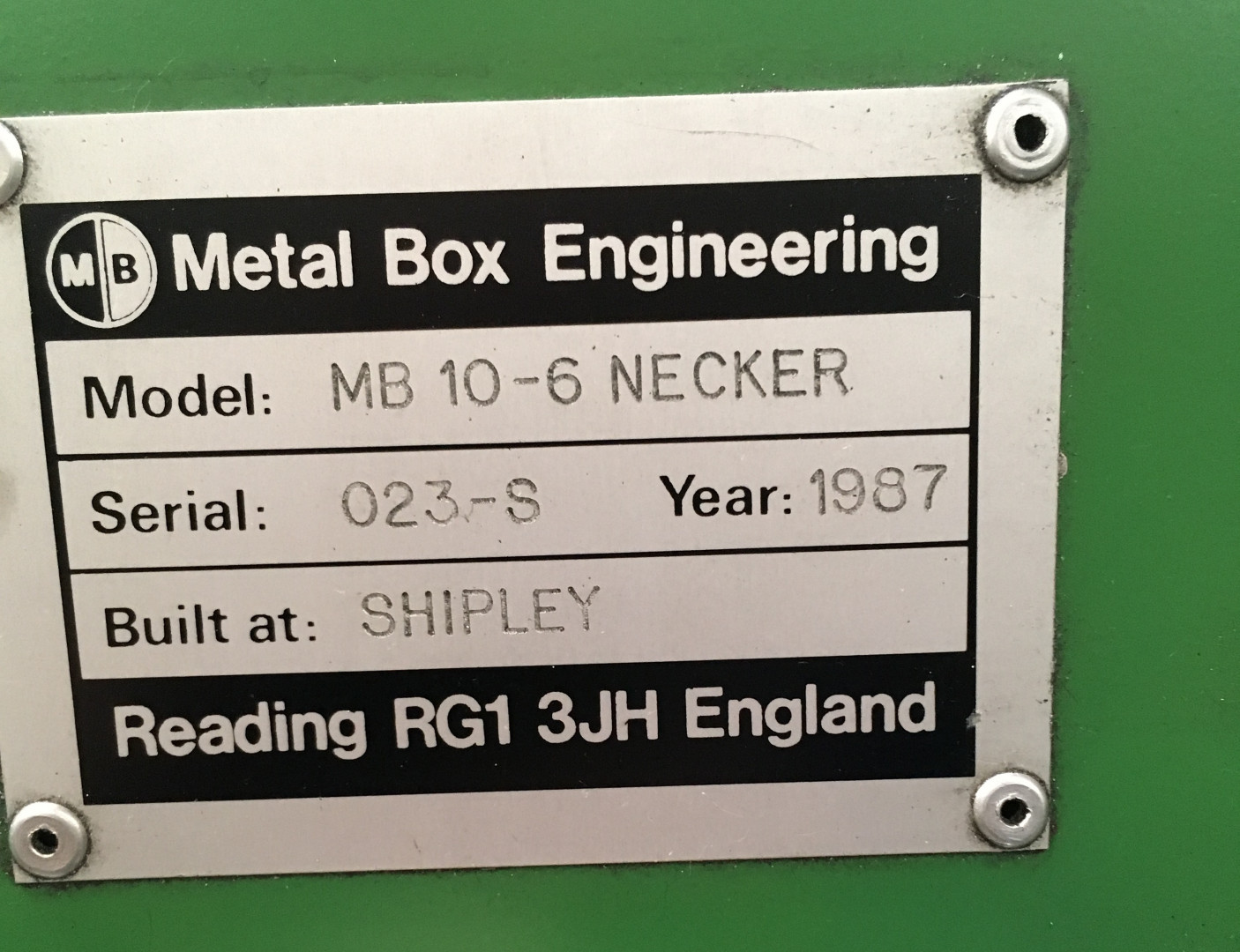 Metal Box 10-6N necker