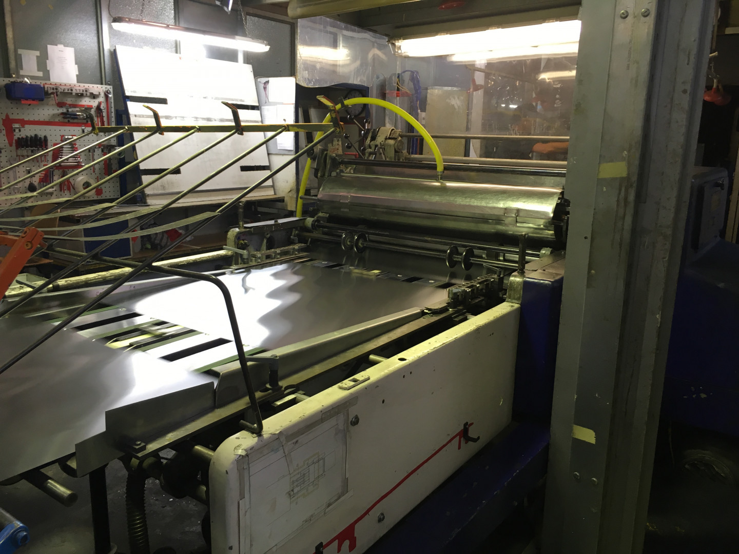 infeed table coater