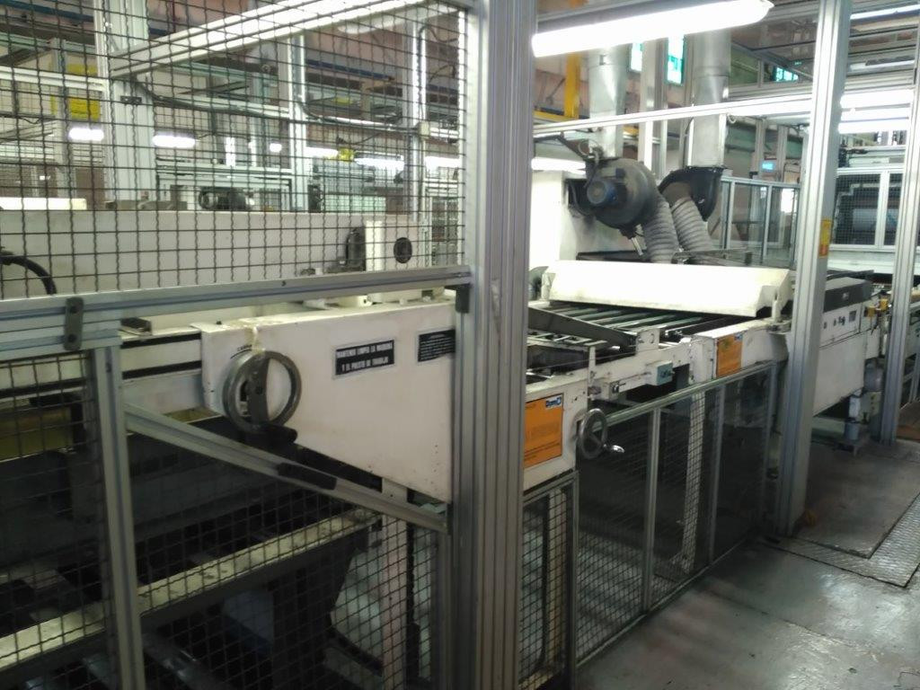 UV-oven and stacker