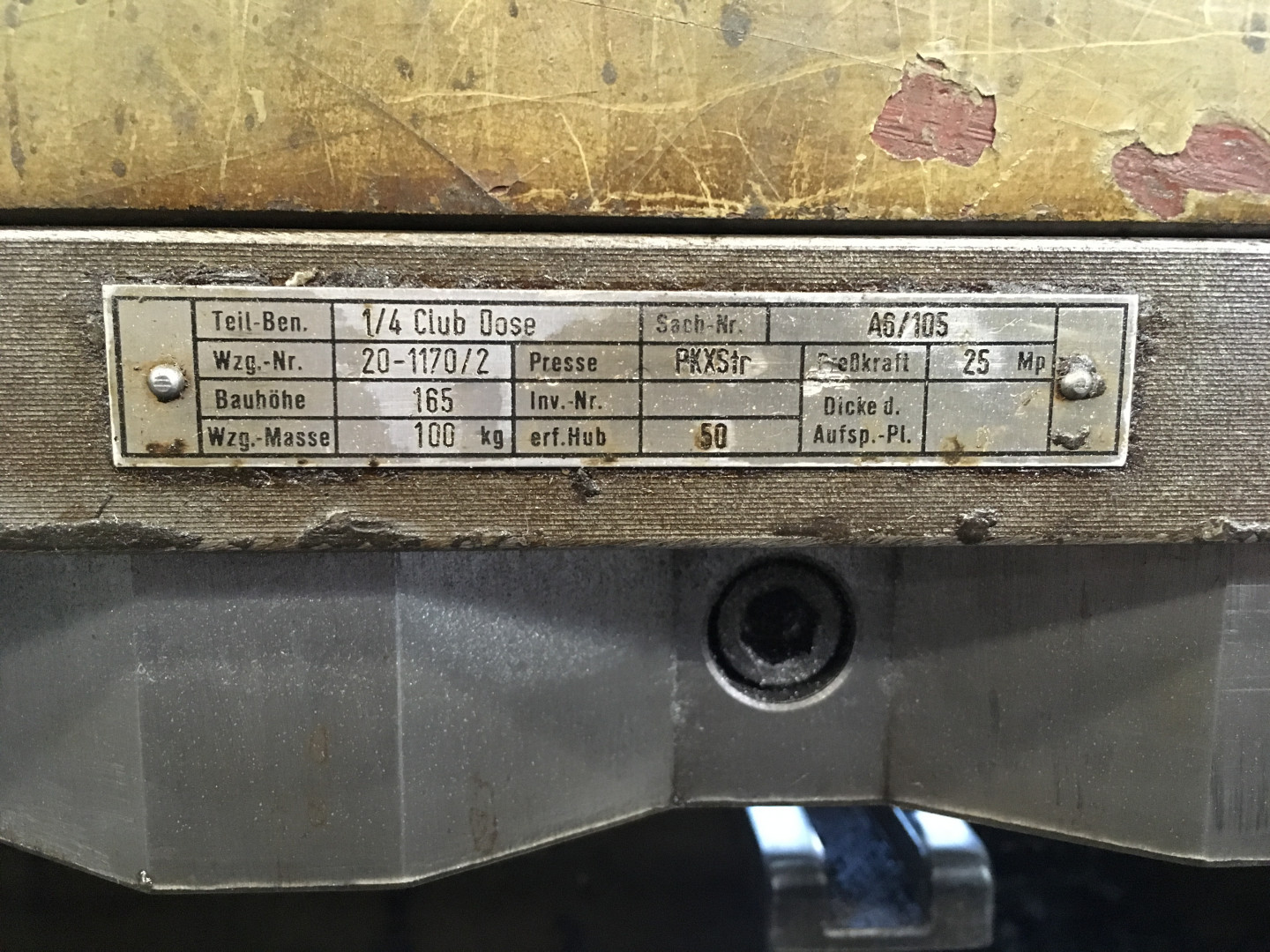 scroll shear tooling for ¼ club (format 827 x 843 mm)
