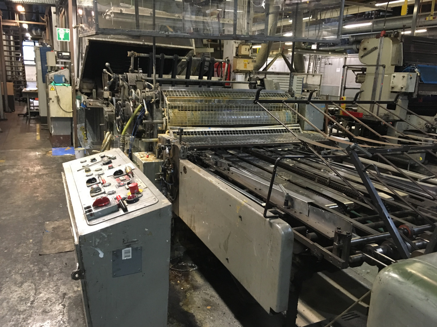 Mailander 460 varnish coating machine - sheet feeder