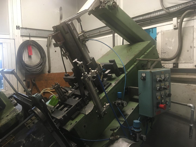 DPF KEH 40-200 presse de formage - ourleuse