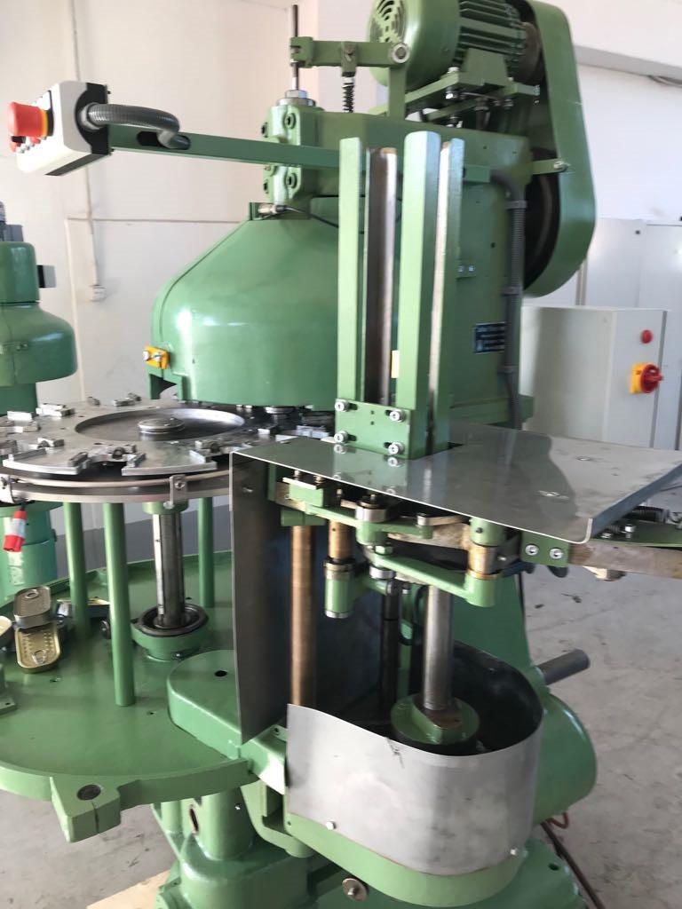 Klinghammer 438 seamer