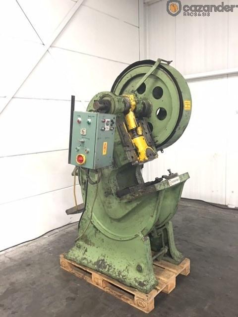 Klinghammer  presse de formage