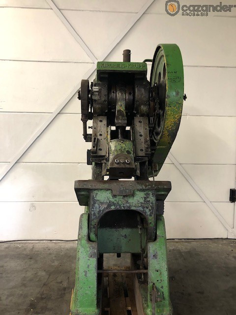Krupp PEn 32x230 forming press