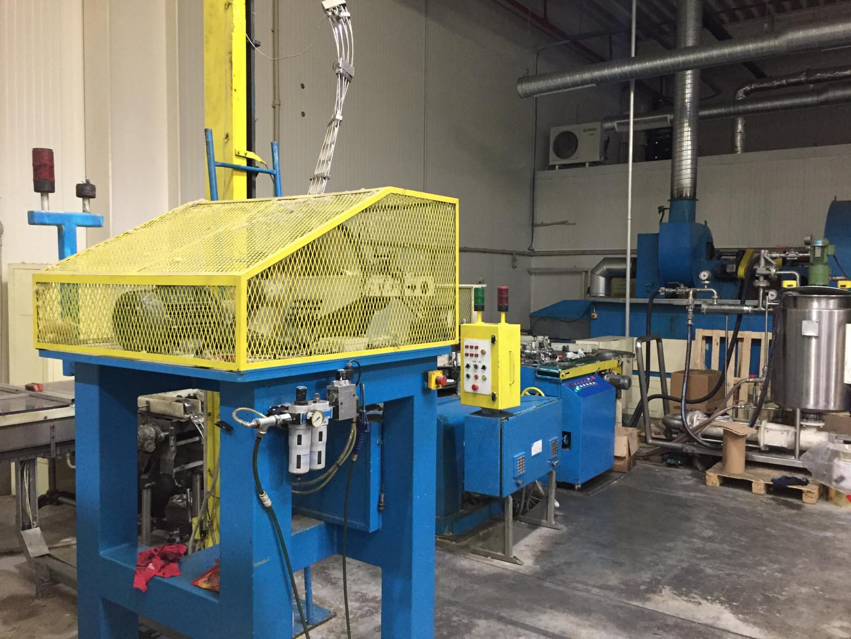 Krupp-NMF lug caps (twist off) production line