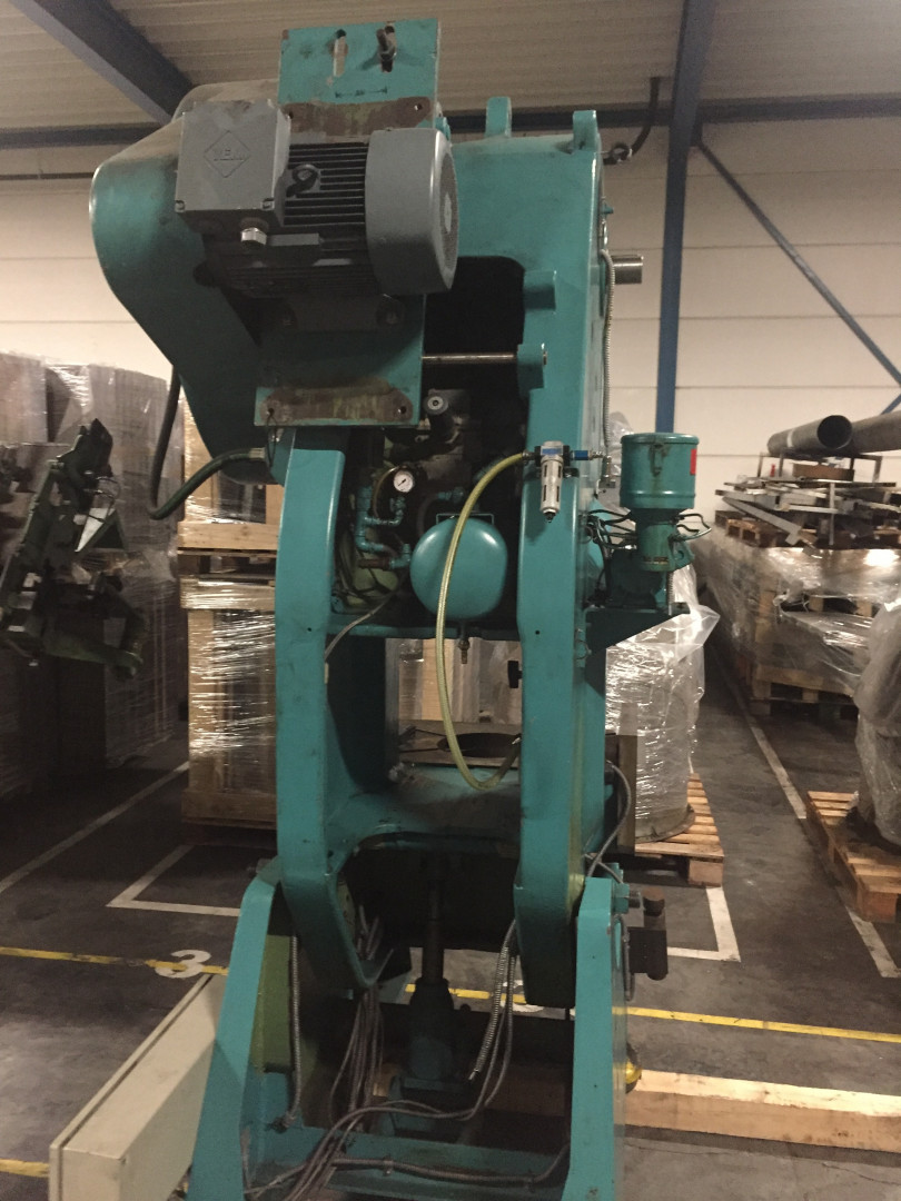 Schuler PN 63-250 prensa de forma