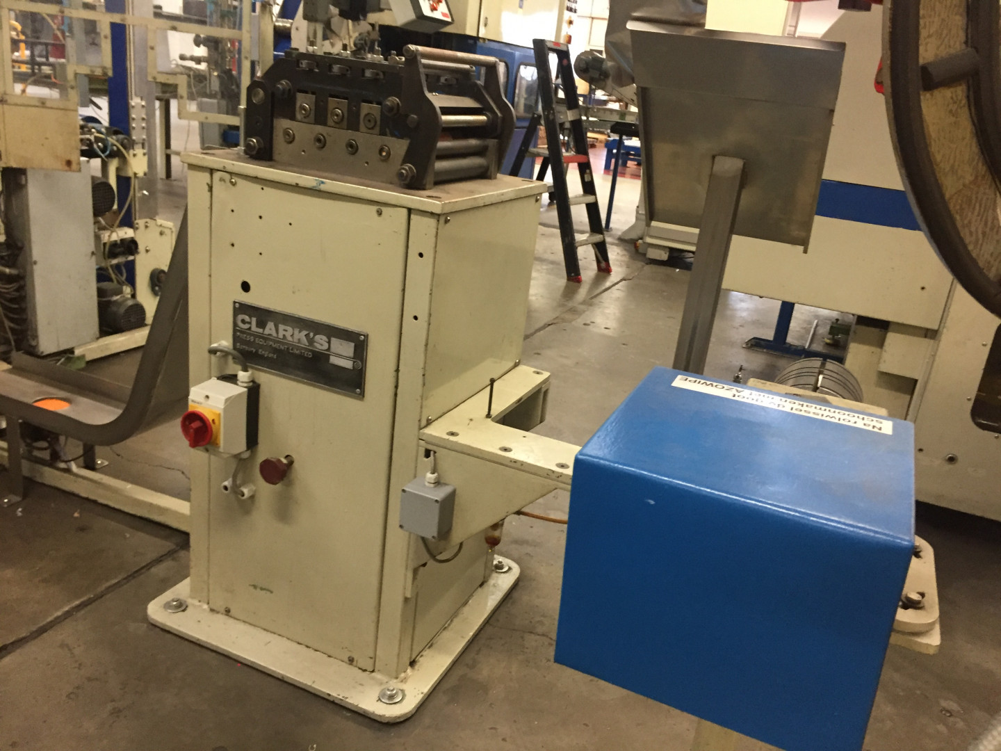 TDV  assembling machine