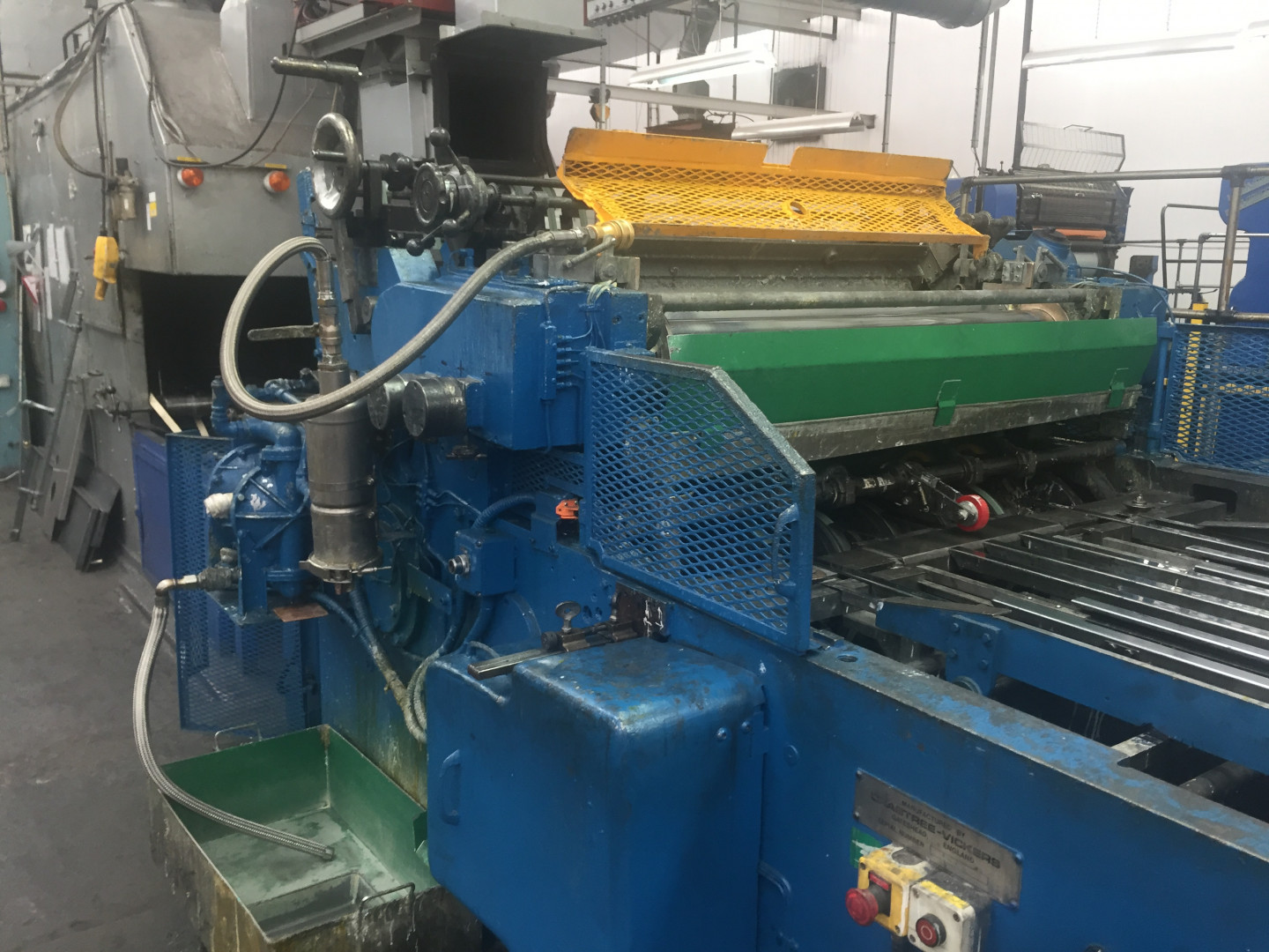 Crabtree F1 varnish coating machine - sheet feeder