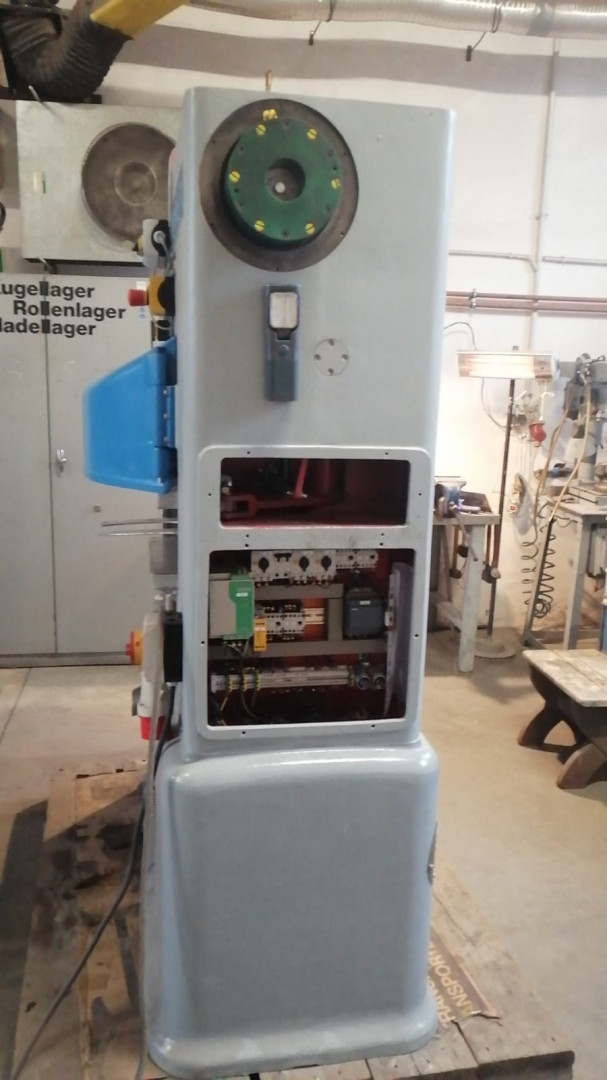 Lubeca LW 211 seamer
