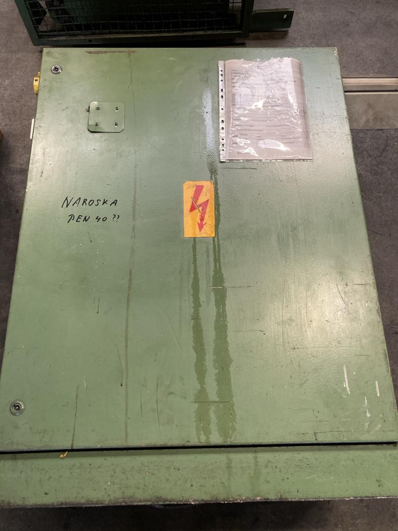 Naroska PEN 40 presse de formage