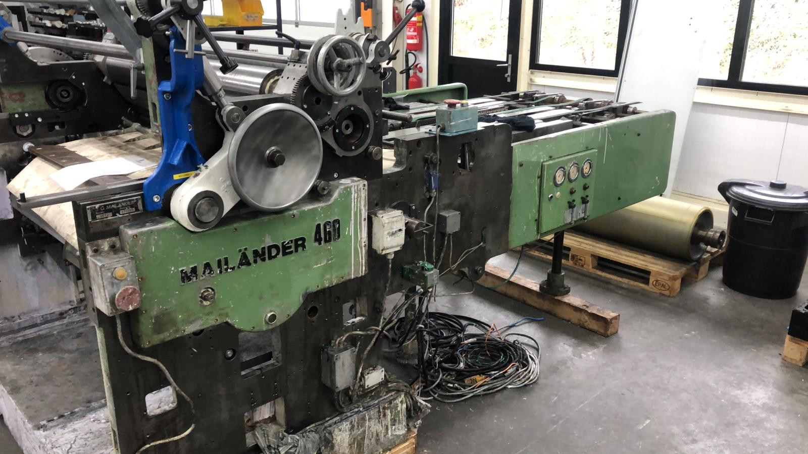 Mailander 460 varnish coating machine